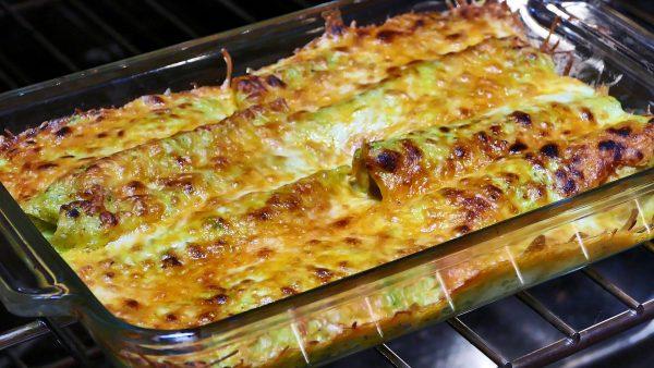 Guacamole Salsa Enchiladas