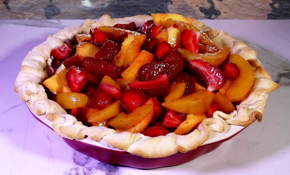 Peach Strawberry Pie With Crumb Crust Jan D Atri