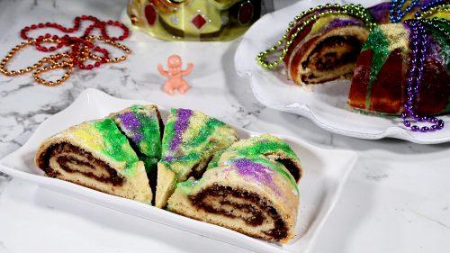 Three Kings Cake Cut